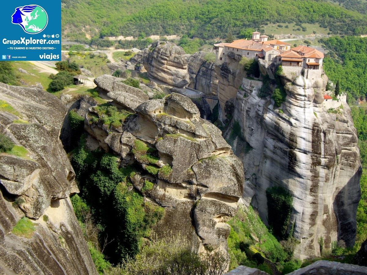 meteora_kalabaka_kalambaka_monastery_greece_greek_tourism_europe-813409