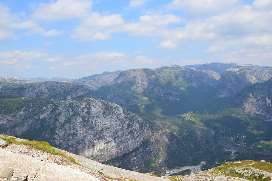 norway-kjerag-lysebotn-fjord