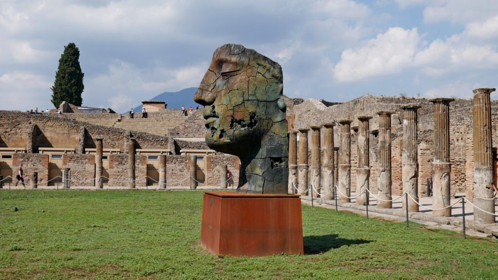 pompeii_statue_naples_italy_ruins_landmark_historically_novel-1370609