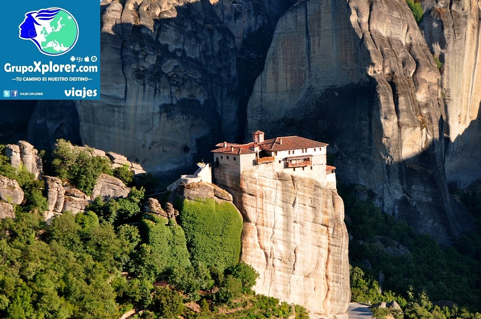meteora-monasteries-1543785_960_720