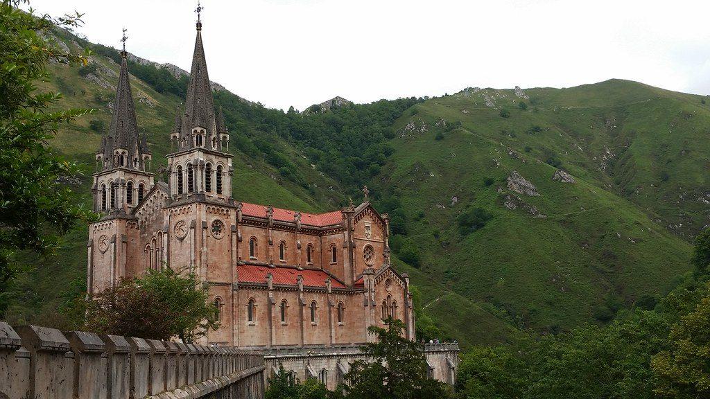 Basílica de Santa María la Real de Covadonga